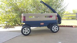 Little Tikes Wagon for Sale in Frederick, MD