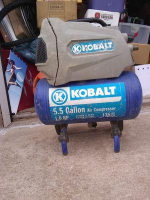 KOBALT 5 5 gallon air compressor for Sale in Oklahoma City, OK - OfferUp