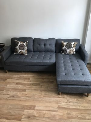 Brand New Grey Linen Sectional Sofa Couch + 2 Accent Pillows for Sale in Lanham, MD