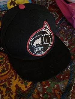 Trukfit hat feeling spacey pink n black brand new Thumbnail