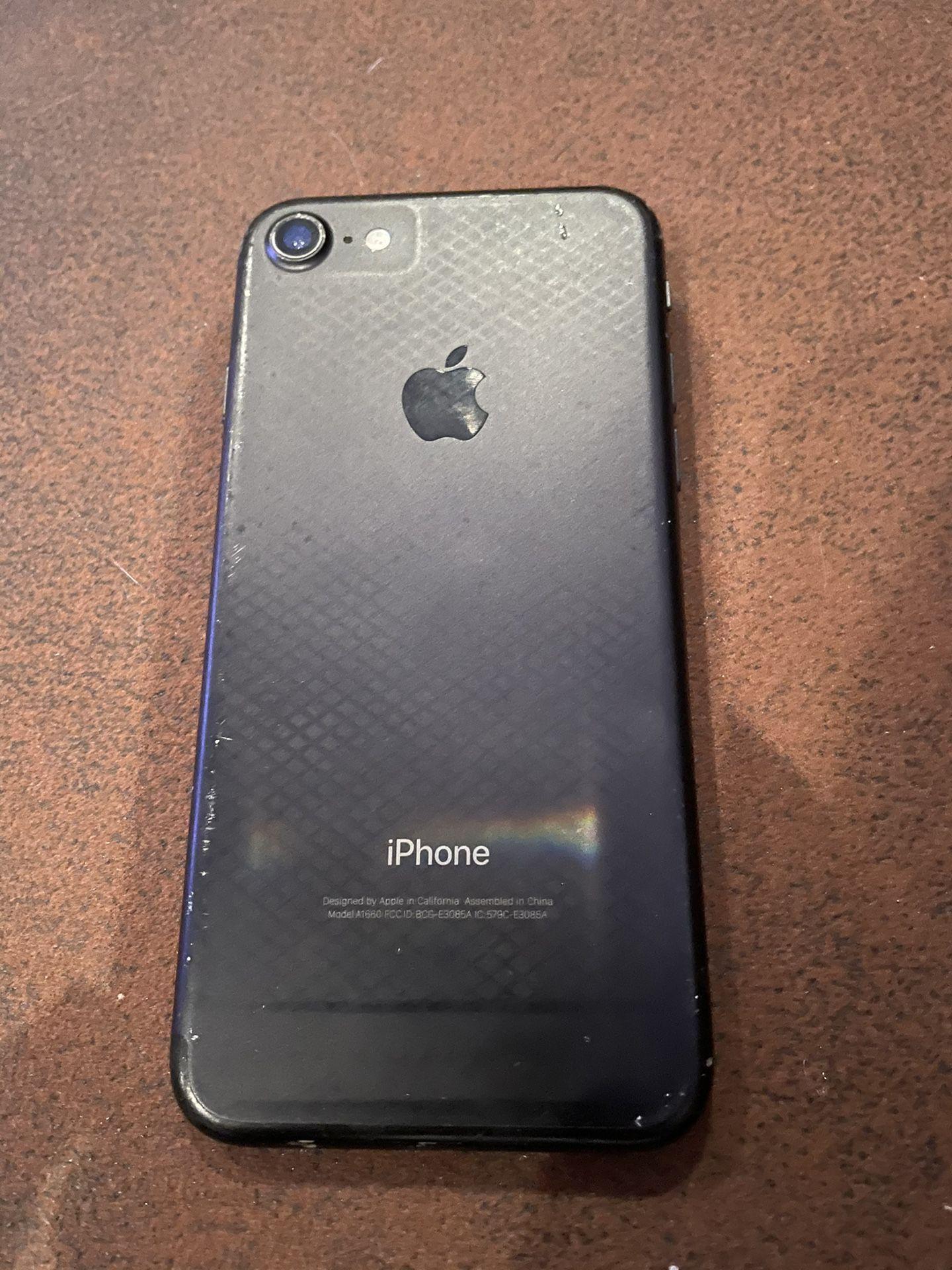Broken IPhone 7 Verizon
