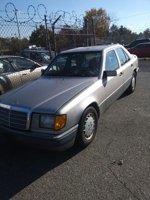 93 Mercedes Benz 300TD. 10WR Run Good. IN/Our. for Sale in Washington, DC