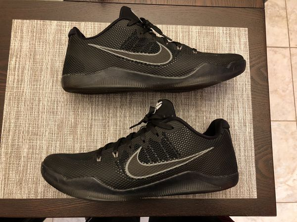 pretty nice 4791e 489e0 Men s Nike Kobe 11 EM Low 836183-001 Dark Knight Black Cool Grey Size 12  Shoes Used. Sunrise ...