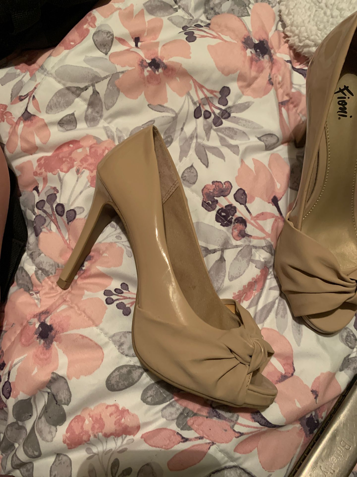 Fioni Nude Heels for Sale in Houston, TX - OfferUp