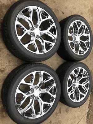 "Photo New 22"" Chevy / GMC snowflake rims and new tires 6 Lug wheels 22s 22 Rines y Llantas Take offs off takeoffs pull pulloffs stock stocks factory orig"