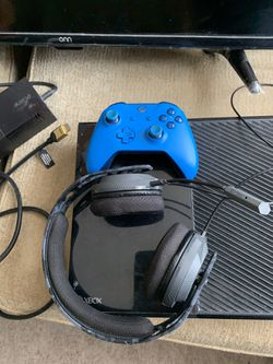 """Xbox one with controller and Kinect, 32"""" TV, and RIG Headset Thumbnail"""