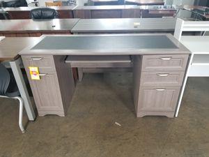 Gray desk for Sale in Miami, FL