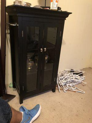 Small curio cabinet for Sale in Manassas, VA