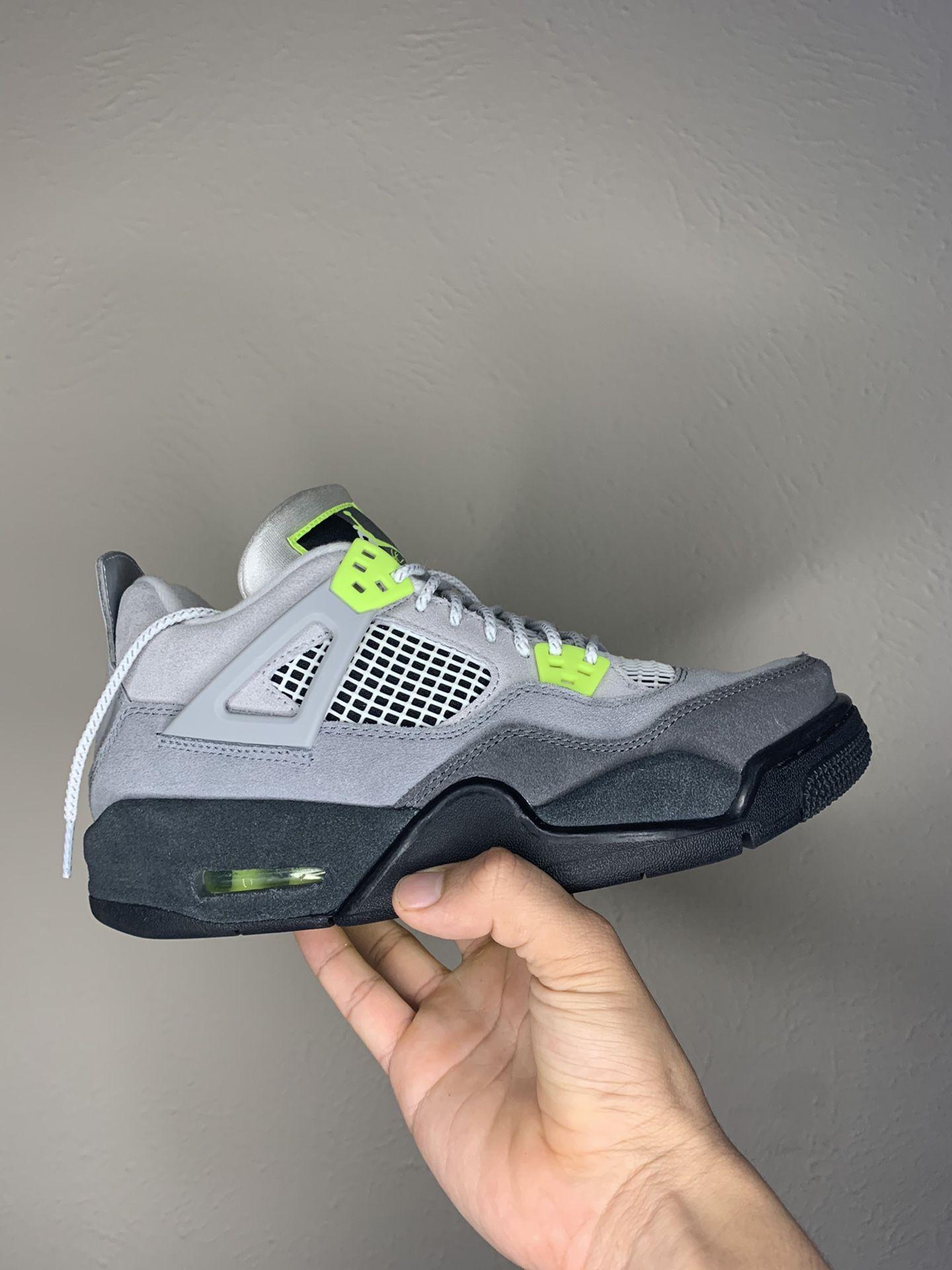Jordan 4 Neon 95 SE