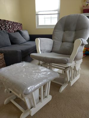 Excellent rocking chair with ottoman for Sale in Falls Church, VA
