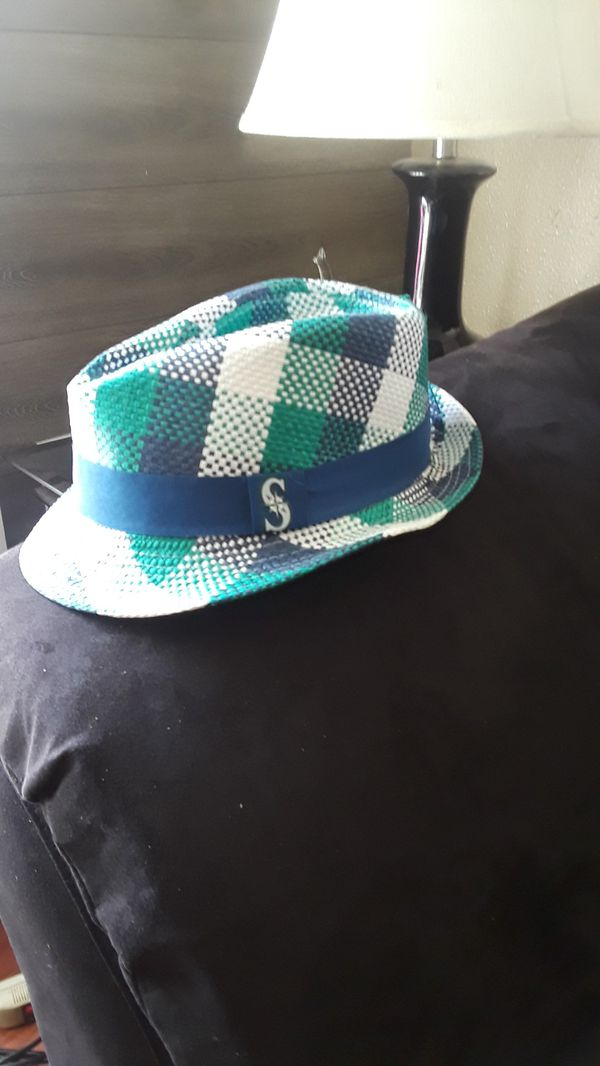 4748c13045b SEATTLE MARINERS HAT for Sale in Everett
