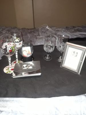 wedding bundle with Vail and ring pillow new for Sale in Detroit, MI