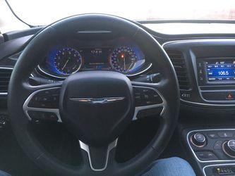 Perfect Uber car 2015 Chrysler 200 C Thumbnail