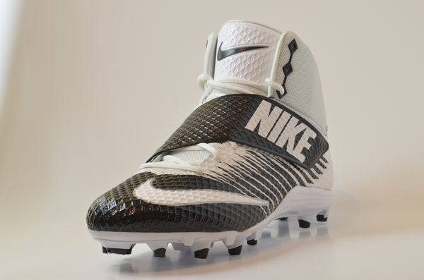 on sale 39eec ee27b Nike LUNARBEAST STRIKE PRO TD Football Cleats Size 15 847554-023 BRAND NEW