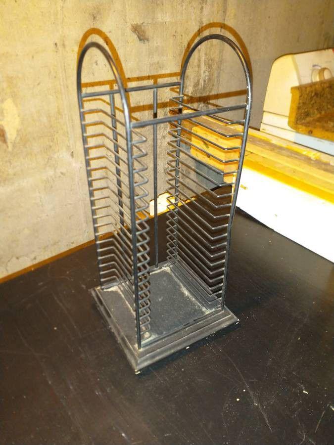 CD rack (20 capacity)