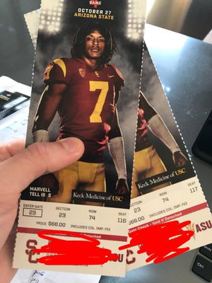 USC vs AZ St 2 tix on the 50 yard line for Sale in Los Angeles, CA
