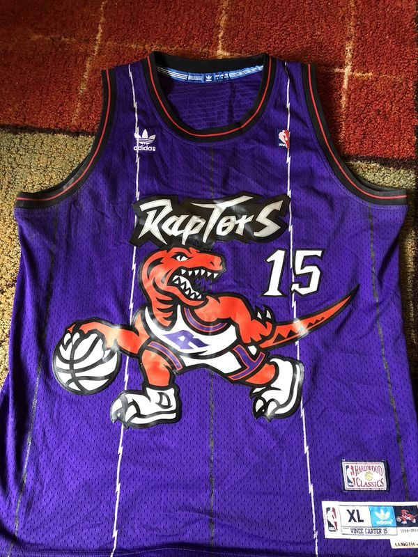 huge selection of 4d965 2047c Toronto Raptors Hardwood Classics Vince Carter NBA Jersey for Sale in Los  Angeles, CA - OfferUp