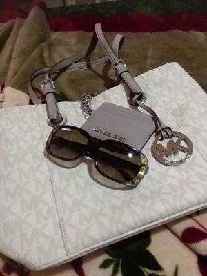 43ac474d5a New Michael Kors purse n sunglasses are extra if u want both make me an  offer