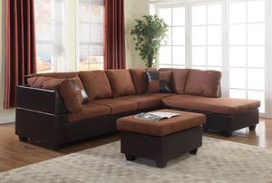 New chocolate sectional couch includes free ottoman $550 for Sale in Richmond, VA