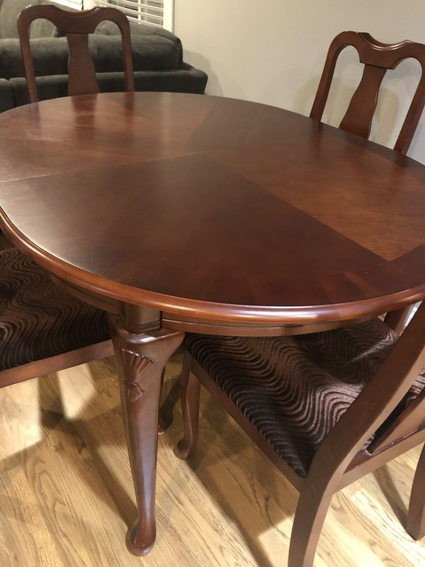 Cherry Wood Dining Table With 6 Chairs For Sale In Everett Wa Offerup
