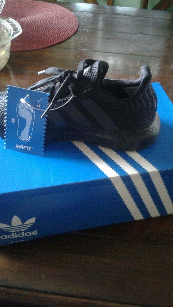 ab4c0b395ed8 Adidas adifit size 1 for Sale in Norwalk