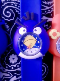 ANGRY BIRDS WATCH $5 EACH Thumbnail