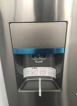 Brand new frenchdoor Frigidaire Thumbnail