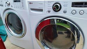 LG WASHER AND DRYER SET for Sale in Alexandria, VA