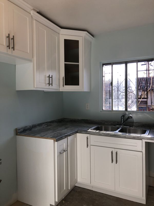 Kitchen cabinets for Sale in Lynwood, CA - OfferUp