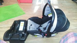 Infant Car seat for Sale in Temple Hills, MD