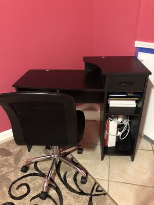 Leather chair table desk for Sale in Upper Marlboro, MD