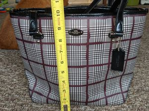 Photo COACH PURSE WITH MATCHING WRISTLET