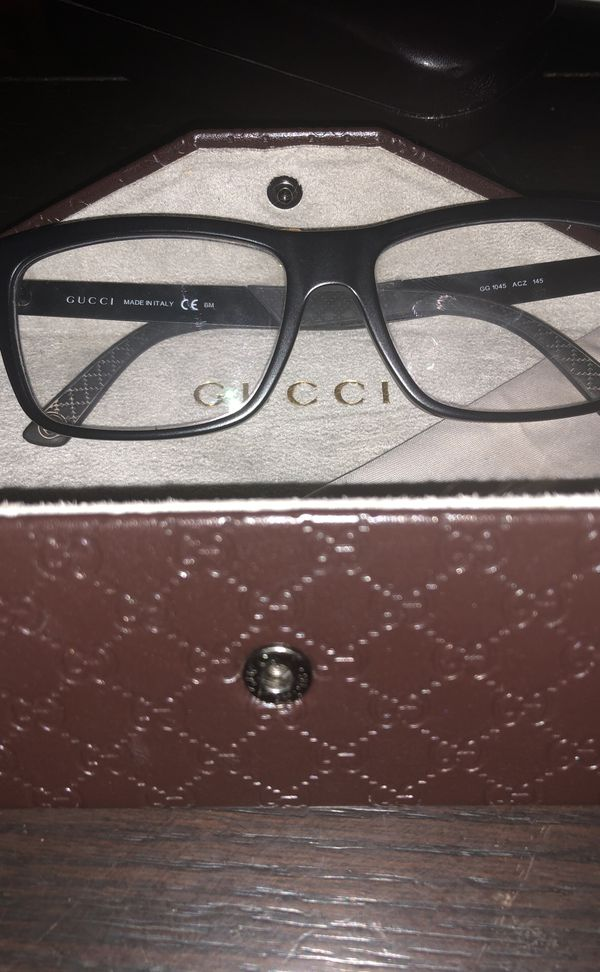 12f7ada4f47 Gucci green Red glasses for Sale in Lawrenceville