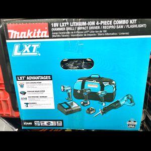 Photo Makita Combo Set Makita 18-Volt LXT Lithium-Ion Cordless Combo Kit (4-Piece) (Hammer Drill/ Impact Driver/ Recipro Saw/ Flashlight) (3.0 ah Battery 🔋)