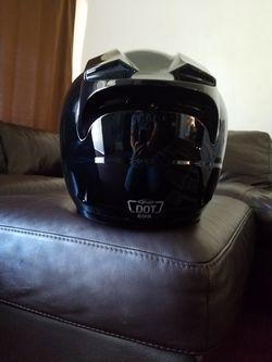 Vendo un Helmet nuebo barato size# M Thumbnail