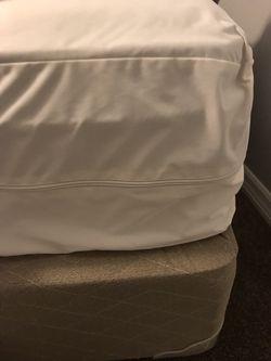 Full Size Bed  Thumbnail