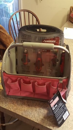 craftsman tool tote and husky 68 piece screwdriver set for Sale in Bowie, MD