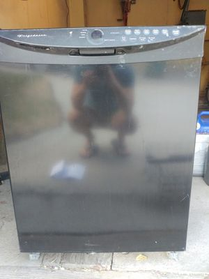 Free Broken Frigidaire Electrolux dishwasher for Sale in Salt Lake City, UT