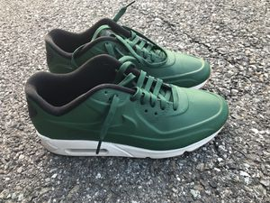 NIKE AIR MAX 90 VT QS 9.5 for Sale in Bethesda, MD