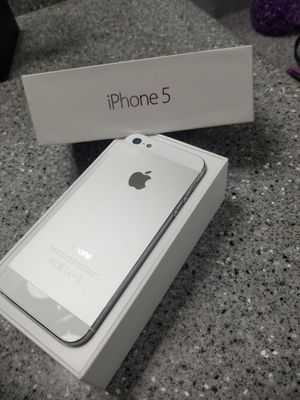 Iphone 5 16gigs unlocked, used for sale  Broken Arrow, OK