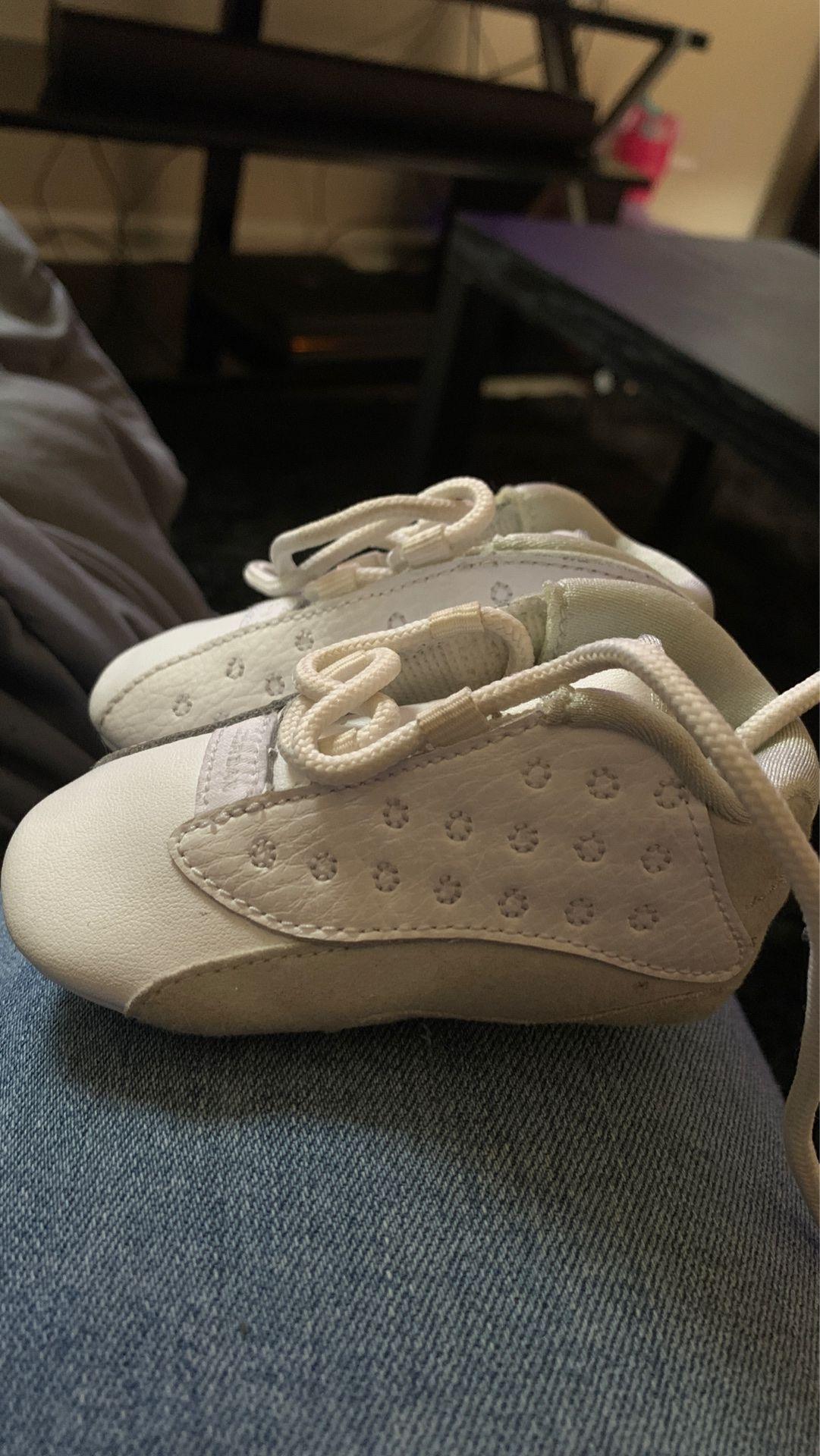 Baby Jordan's size 2c