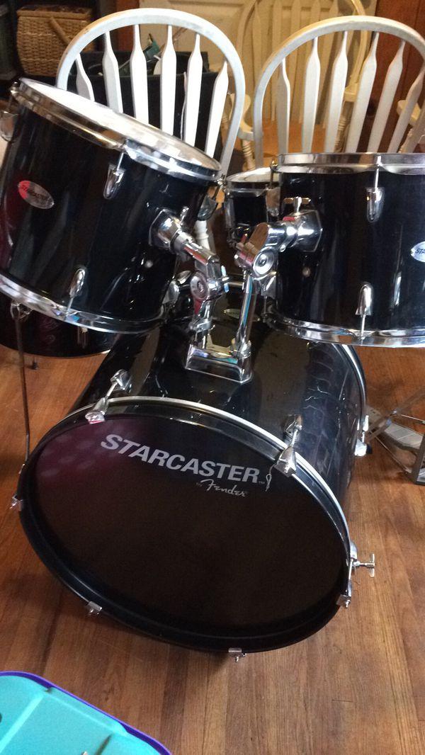 Fender starcaster 5 piece drum set for Sale in Winston-Salem, NC ...