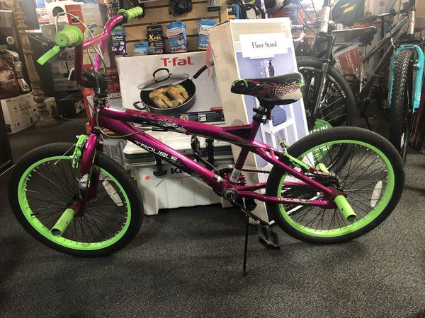 "aeda199722e 20"" Kent Trouble BMX girls bike for Sale in Riverdale"