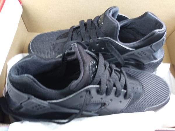 3a57ae058656 Nike Huarache run for Sale in Turlock