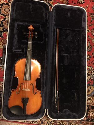 Eastman Full Size 4/4 Violin with Hard Case for Sale in Vienna, VA