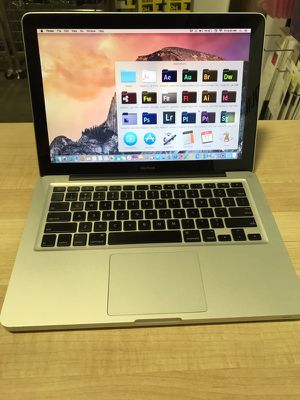 """Apple Macbook 13"""" 2008-2009 aluminum 2.0ghz core 2 duo Mac OS 10.11 El Capitan 4gb ram 320Gb storage Loaded with full adobe mater collection cs6 for Sale in Dallas, TX"""