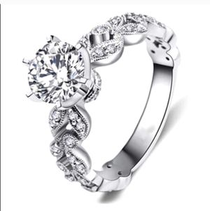 New 18 k White Gold Engagement ring wedding ring set for Sale in Orlando, FL