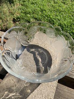 Glass fruit bowl Thumbnail
