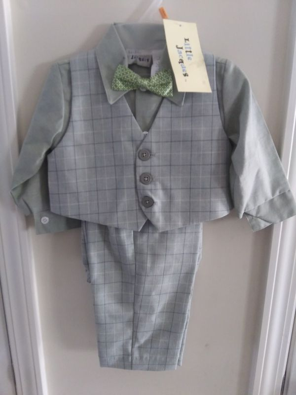 4fc66289 4pc Boys Vest Pant Suit for Sale in Raleigh, NC - OfferUp