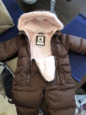 BabyGap Snowsuit 0-6 months for Sale in Alexandria, VA